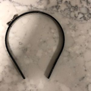 Bender Bow Headband- never been worn!